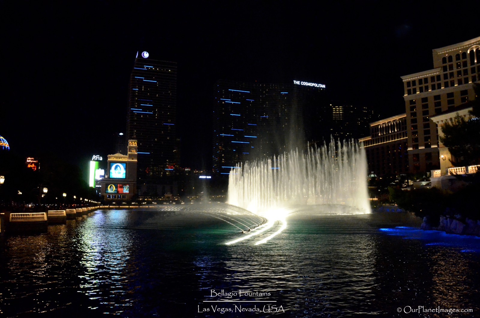 side view Bellagio fountain show final