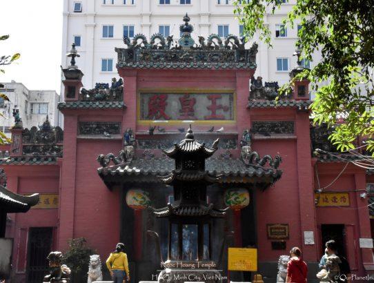 Ngoc Hoang Temple - Vietnam