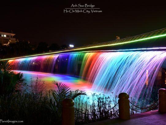 Anh Sao Bridge - Vietnam