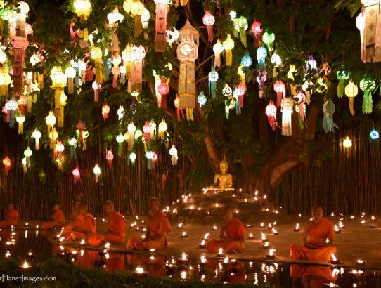 Lantern Festival Ceremony at Wat Phan Tao - Thailand