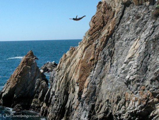 Acapulco Cliff Divers - Mexico