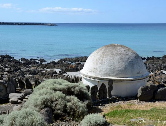 Frenchman's Rock - Australia